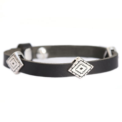 Indian tribe bracelet black (real leather)