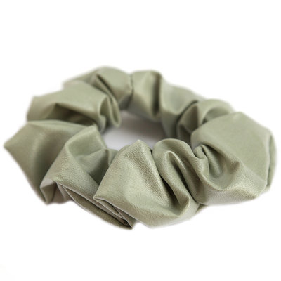 Scrunchie faux leather olive