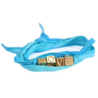Love wrap blue