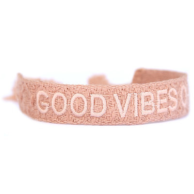 Woven bracelet good vibes only nude pink